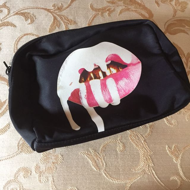 Kylie Cosmetics Make Up Bag