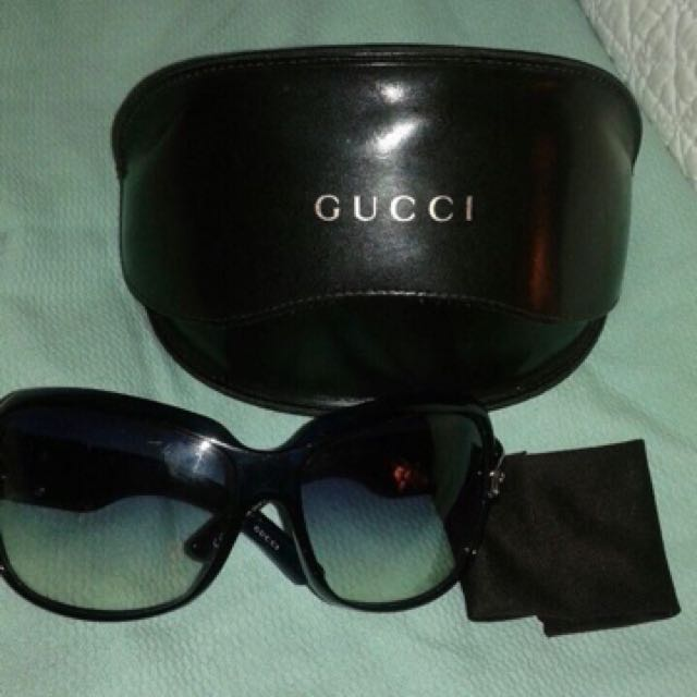 Like New Authentic  Gucci Buckle Oversized Ladies / woman sunglasses