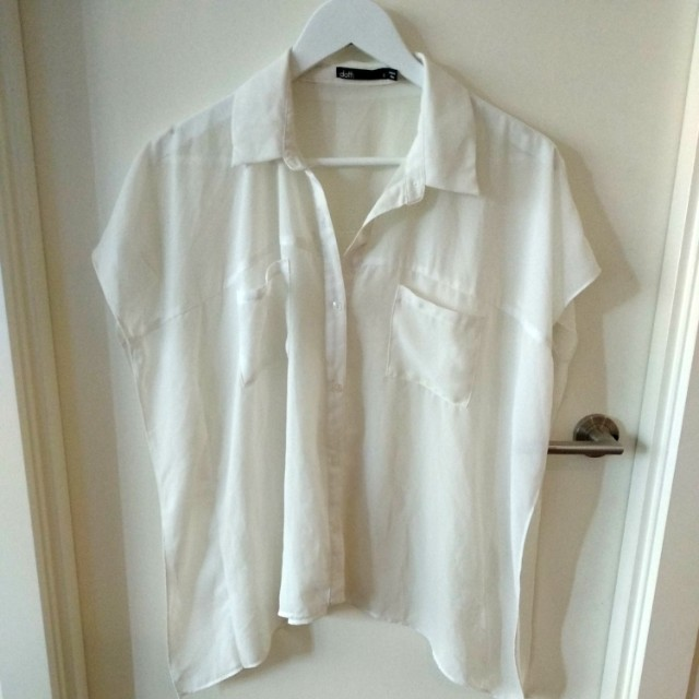 Loose style white collared shirt
