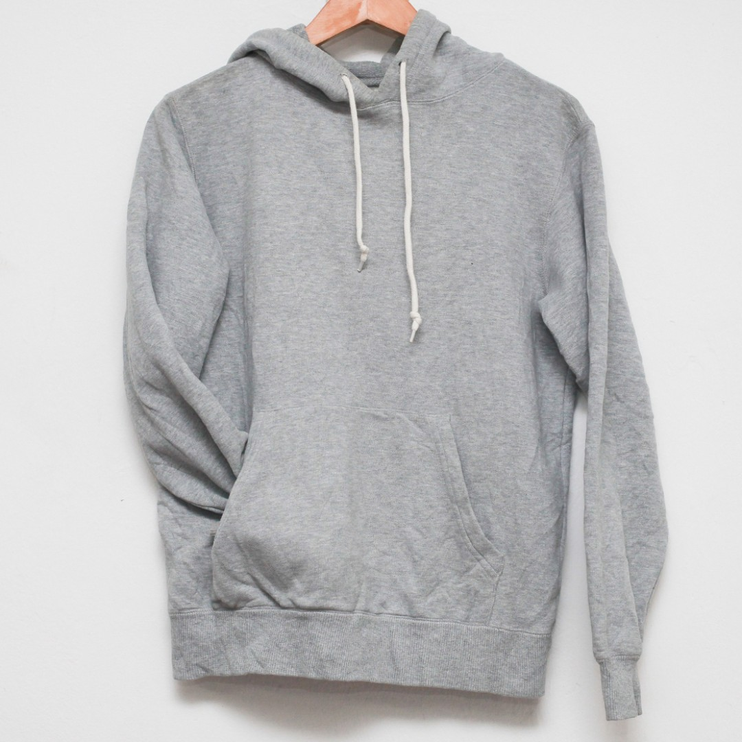 71487a6a1 M UNIQLO Pullover Hoodie Sports Grey