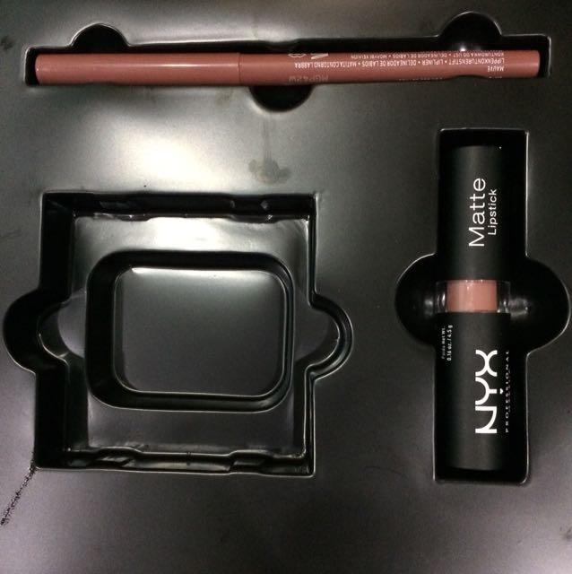 NYX Matte Lipstick & Lip liner