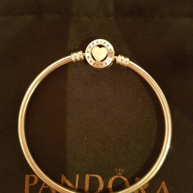 Pandora limited bangle
