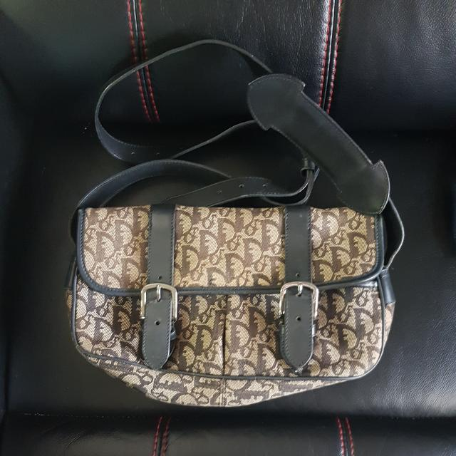 3bd868ee83 RESERVED] Pre-loved Christian Dior Sling Bag (RESERVED), Luxury on ...