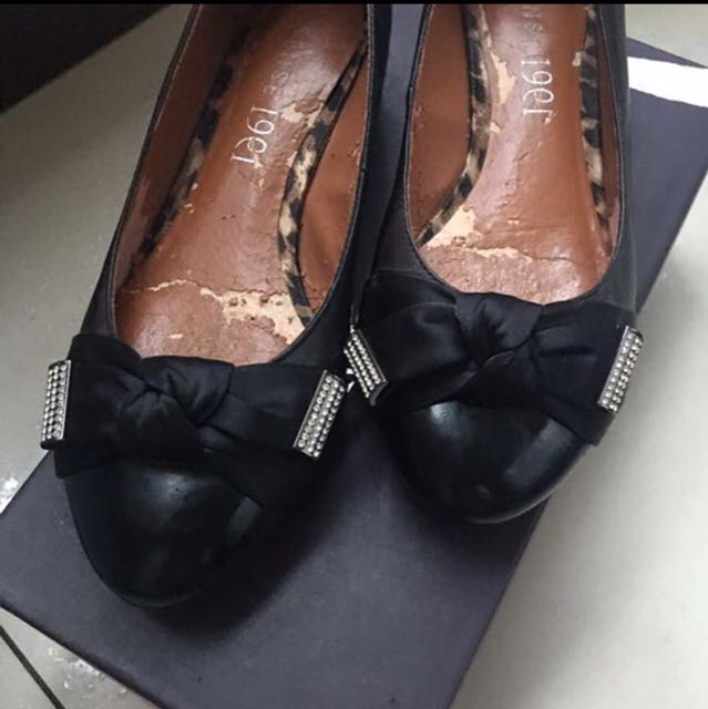 Since 1991 水鑽蝴蝶鞋