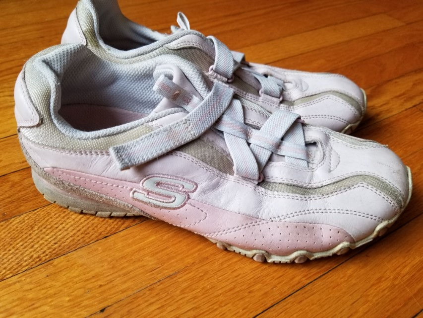Sketchers trainers sneakers in pastel pink. Genuine leather. Retails for $109.  Pick up Beaches or Yorkville or St.Andrews TTC STATION. Message with preferred time and location. Size 7.5