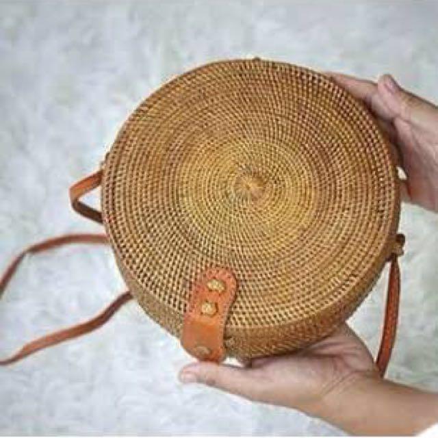 Tas Rotan Bulat Bali - diameter kecil