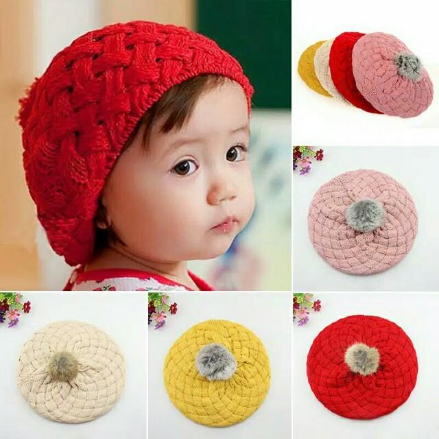 Topi Rajut Bayi Pompom