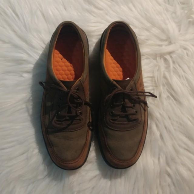 Vintage comfy shoes US 7