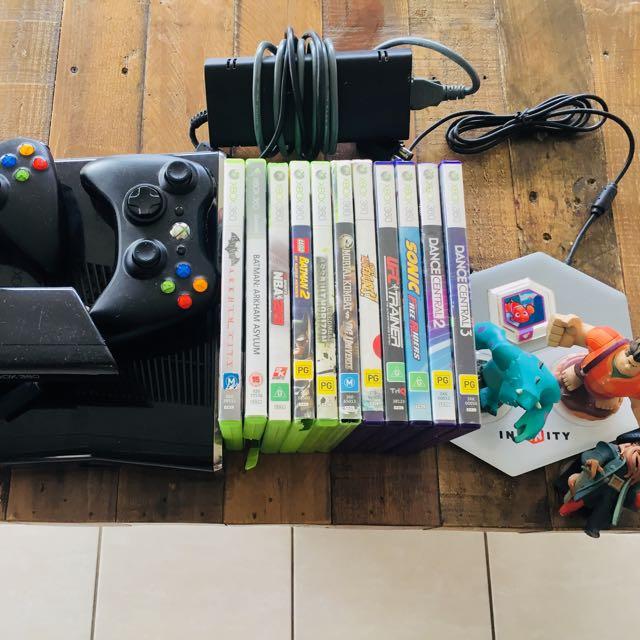 XBOX 360 + Kinect + Disney Infinity board + Games