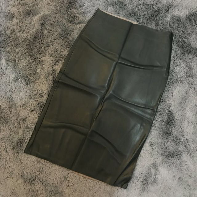 Zara Olive Leather High-Waist Skirt