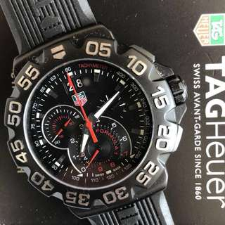 CAH1012 TAG HEUER FORMULA 1 CHRONOGRAPH RUBBER BLACK PVD WATCH