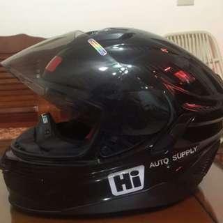 不留了5000元就賣了!收藏出讓便宜賣!僅1220公克ZEUS全碳纖維超輕量安全帽!