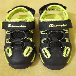 Sendal sepatu Champion Payless