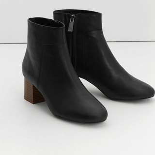Mango Genuine Leather black Ankle Boots 黑色真皮短靴 #冬天 #winter #長褸 #短裙 #rock #sellitnow