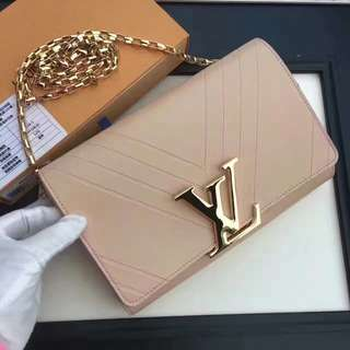 Louis Vuitton Pochette Louise GM