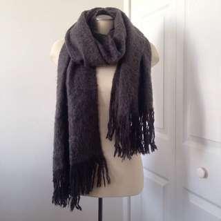 H&M grey wool scarf