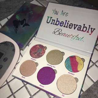 Unicorn Highlighter Palette (FREE MAIL)