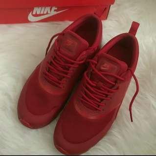 Women's Nike Airmax Thea 7.5