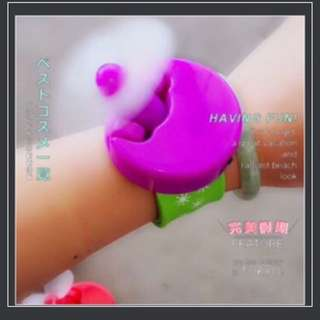 Mini wrist fan kids portable chargeable with USB (1 box 30 pieces)