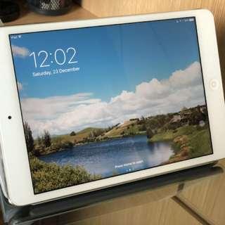 iPad mini 2 WiFi 16GB Retina Display