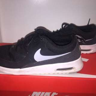 Nike Air Max Thea's Size US 8