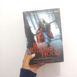 Novel Red Riding Hood