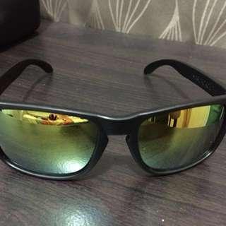 Marlboro GO sunglasses