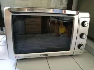 Used - Delonghi Maxi 32L Electric Oven