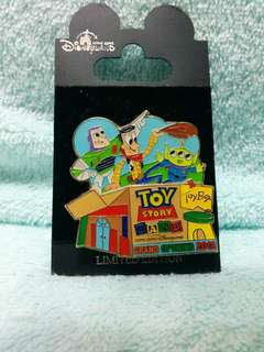 Toy story land 商店GO 限量pin