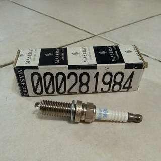Maserati spark Plug (New Quattroporte V8 )