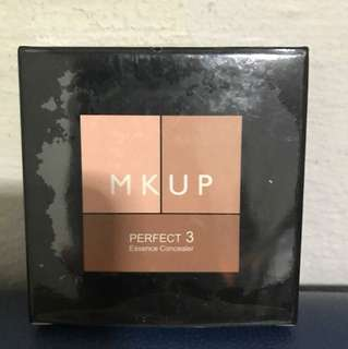 MKUP perfect 3 essence concealer (with free gift)