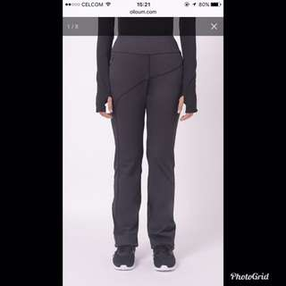 OLLOUM ON PERFORMANCE SLIM FIT PANTS IN BLACK FOR SWAP