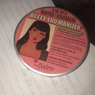 The balm betty Lou-manizer