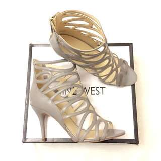 Brand New Nine West Gaged Heels