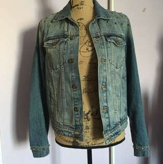Lulu and Rose Distressed Denim Jacket