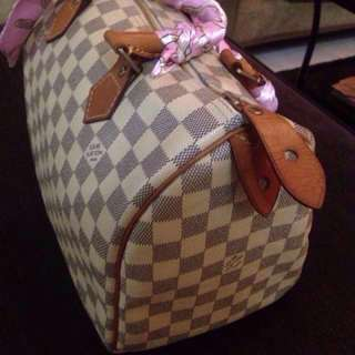 REDUCED!!Authentic LV Speedy 30 Azur