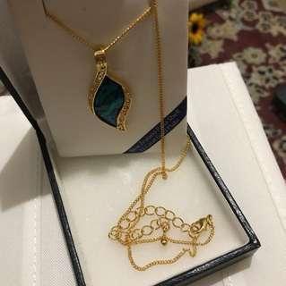 Marine Opal 22carat Gold