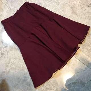 🚚 酒紅質感魚尾裙🌚