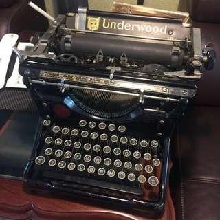 Underwood 10 Typewriter 1930's 古董打字機