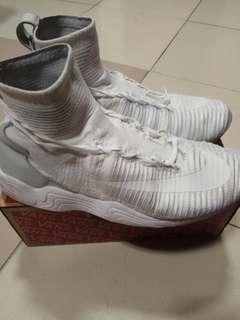 Nike  FI XI 呂布