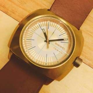 DIESEL 石英行針腕錶