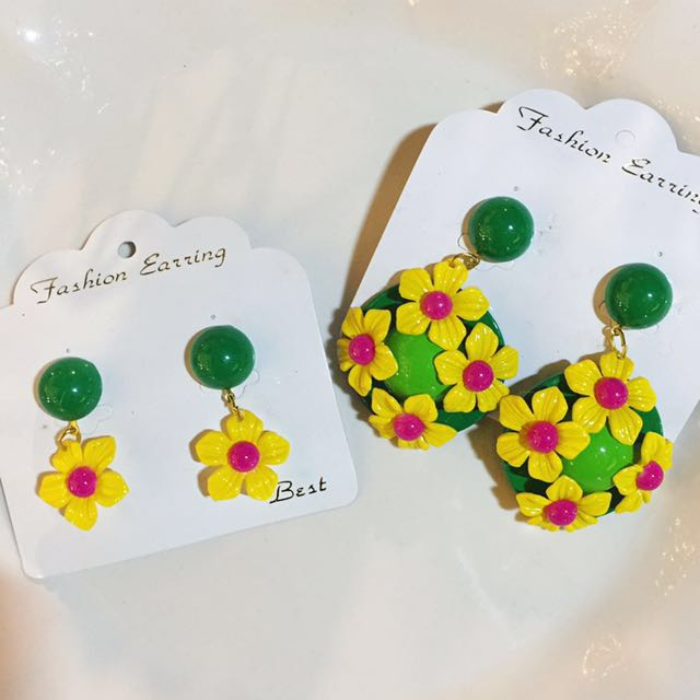 特別花朵彩色垂墜耳環