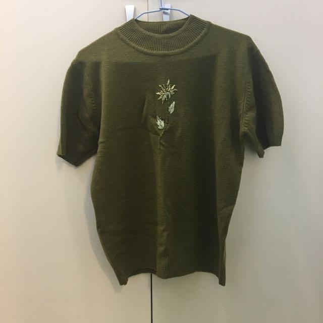毛衣 背心 針織 冬天 保暖 短袖 上衣 彈性 圓領 刺繡 綠色 墨綠