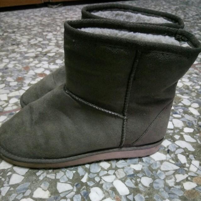 無印良品 軍綠色雪靴 M