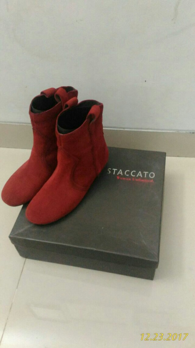 Boots STACCATO Size 37 Like New