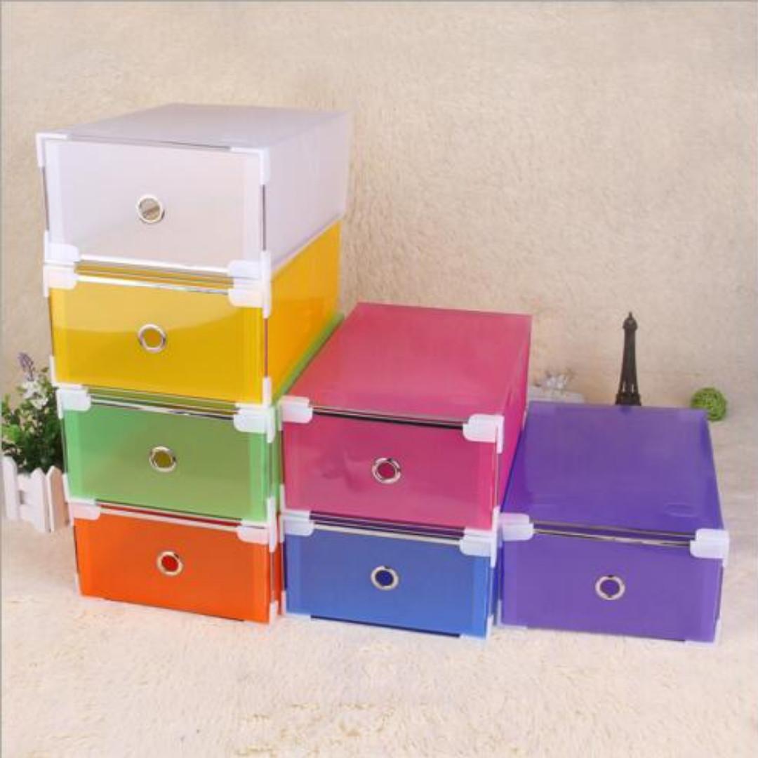 Box Serbaguna / Box Sepatu (Bahan lebih tebal,8 clip di