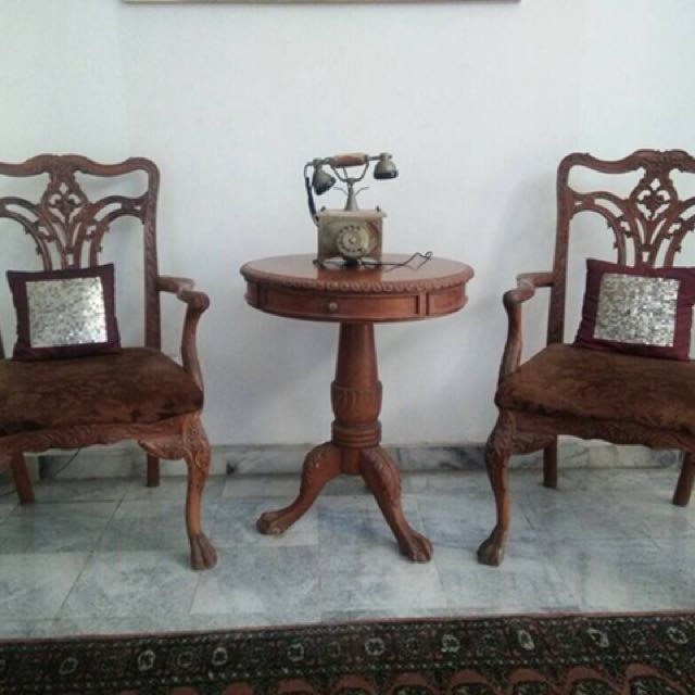 Chip N Dale Set (2 Chairs, 1 Round Table), Home U0026 Furniture, Furniture On  Carousell