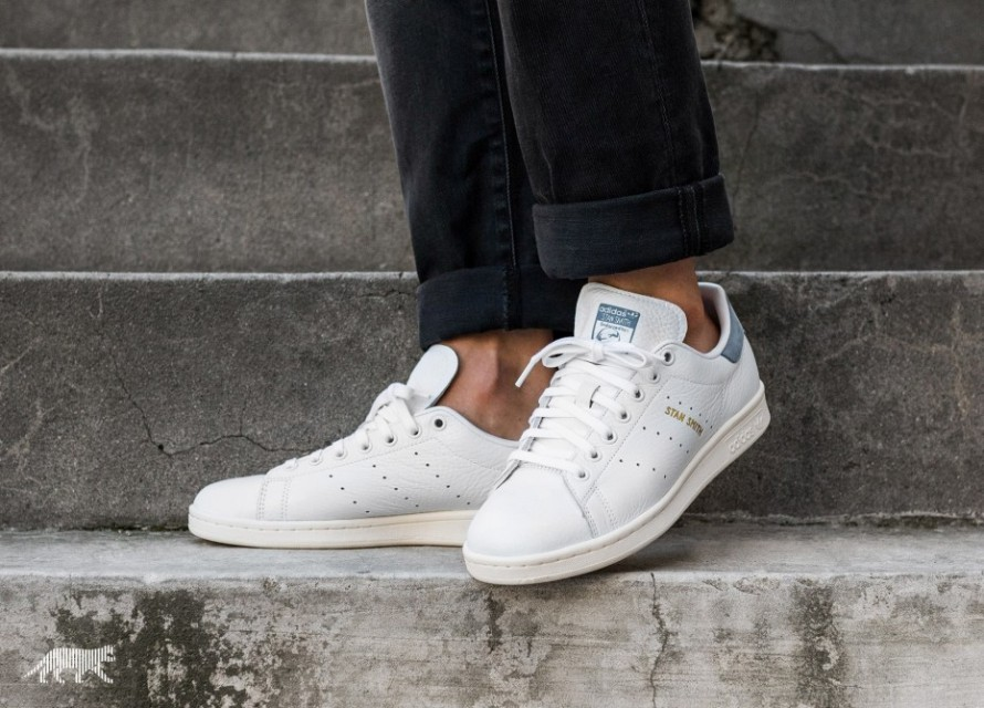 stan smith tactile