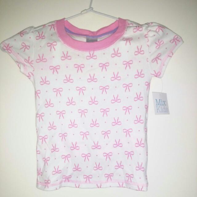 Girls size 2 pyjama set BNWT