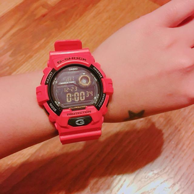 G-SHOCK橘紅色手錶